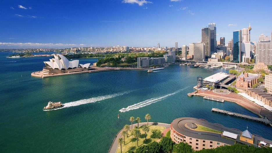 downtown-sydney-and-waterfront-1920x1080-wallpaper-1065.jpg
